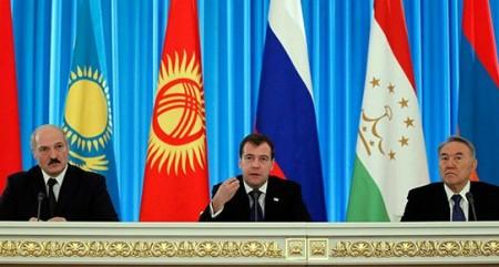 tacikistan_gumruk.jpg
