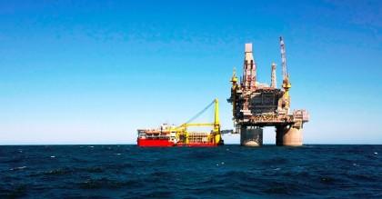 petrol_deniz
