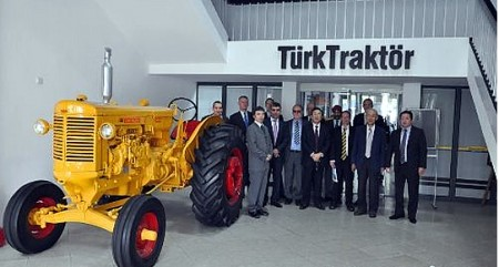 turk_traktor.jpg